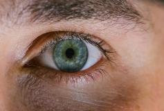 سیاهی زیر چشم چرا ایجاد می شود ؟