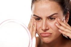 افتادگی پوست چیست؟ دلایل افتادگی پوست